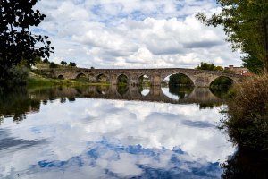 paisaje puente casa rural aravalle mirador y relax baja